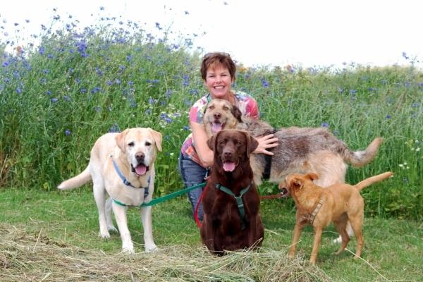 Britta Lücke von Brittas Hundeparadies & Family mit Hunden